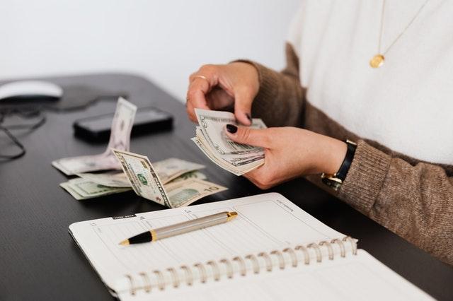 Savoir se vendre pour négocier son salaire
